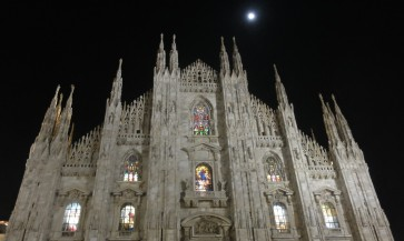 The Duomo is a beautiful sight at night.