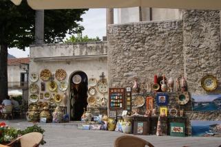 Preponderance of the lemon motif in the Amalfi Coast souvenir shops